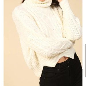 Sweaters - NWT White Iviry Croped Turtleneck Sweater L